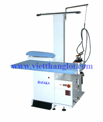 Ironing table equipped with boiler